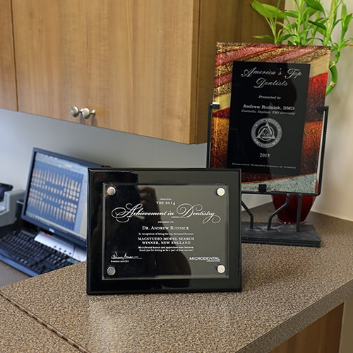 The awards won by your cosmetic dentist in Palm Beach Gardens